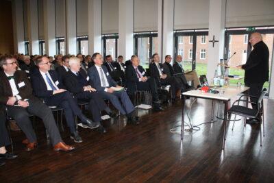 Wie Christlichkeit im Krankenhaus gesichert und gemessen werden kann, erläuterte die Franziskus Stiftung bei einer Veranstaltung des Diözesan-Caritasverbandes in Münster.